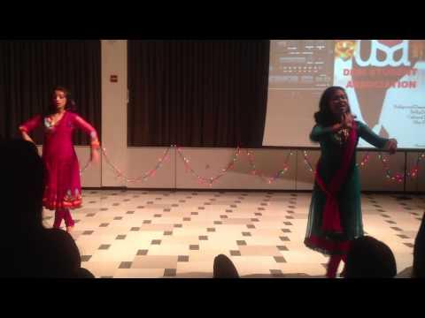 Ami je tomarMere dholna: fusion Odissi Bharatnatyam and Kathak...