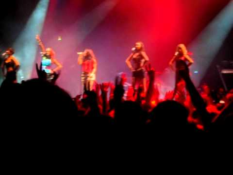 The Saturdays - Forever Is Over @ V Festival Staffordshire 2011