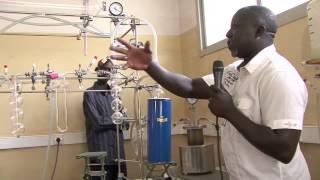 A la découverte du Labo Carbone 14 du Chercheur Cheikh Anta Diop