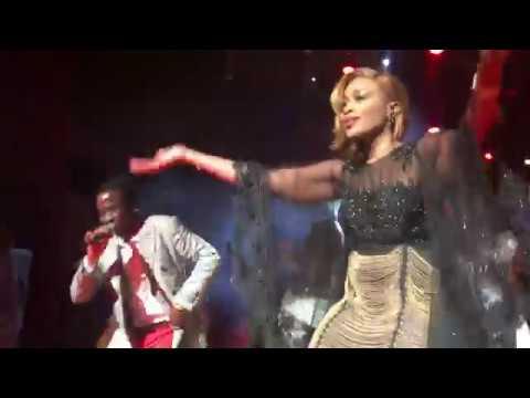 Sidi Diop met le feu à l'anniversaire de Aida Samb au Grand Théâtre