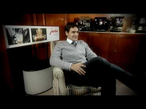 Roger Federer introduces the new JURA 2010 collection Video
