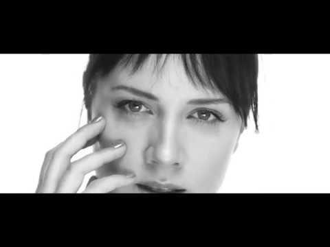 Tóth Gabi - Ez Vagyok én (Official Video)