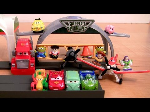 Micro Drifters Cars Meets Disney Planes Playset Propwash Junction Airport with Squinkies Pixar toys