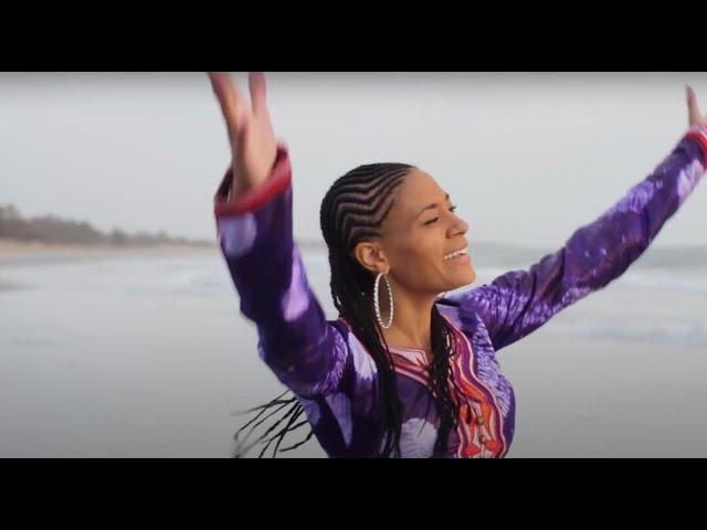 Sona Jobarteh - GAMBIA (Official Video) thumbnail