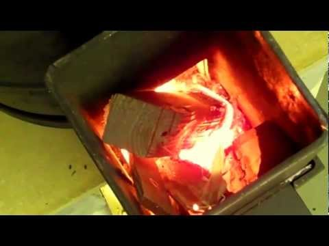 WORKSHOP ROCKET STOVE  HEATER   part 2
