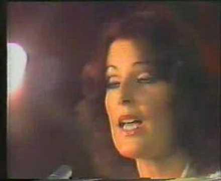 ABBA cantando en español la cancion Chiquitita.