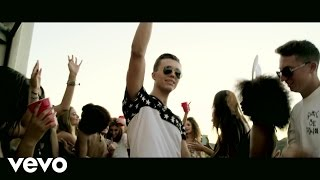 Клип Ian Thomas - Cheers ft. Tyga