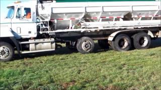 AV0271 CPS Mack Truck