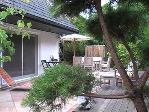 Moderne materialien im kleinen garten youtube for Gartengestaltung 100 qm
