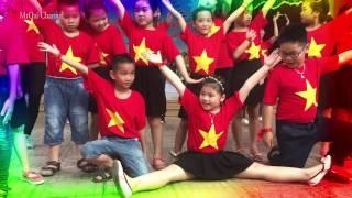 Noi vong tay lon - Truong Tieu hoc Phuc Dien, Bac Tu Liem, HN