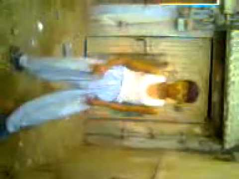 Youtube - Mohsin Ka Mujra.3gp.flv video