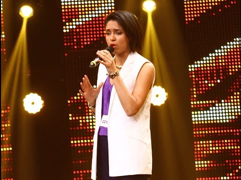 Rihanna - Rihanna - Russian Roulette. Vezi interpretarea lui Nathalie Merchant, la X Factor!
