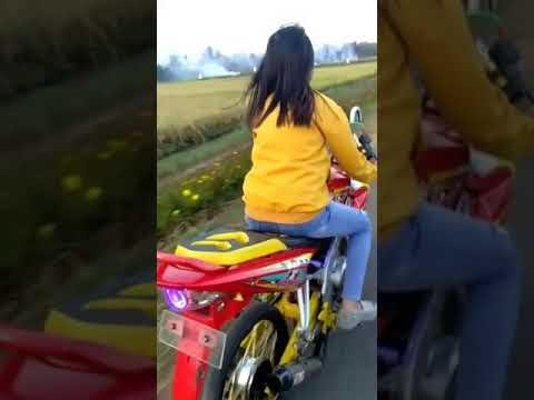 Biker Cantik Vixion Jari Jari