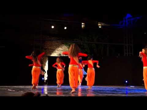 Jai Ho (Slumdog Millionaire), Hollywood show part 1, Dance spirit studio
