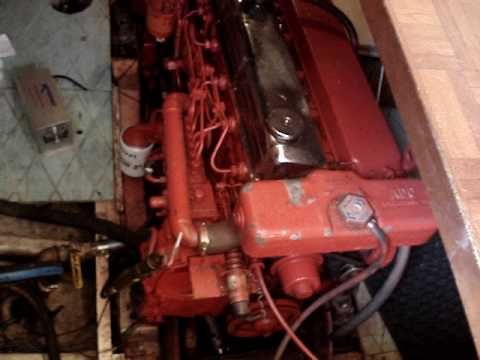 Marine Trader 36 1988 Lehman super 135 marine diesel and transmission running