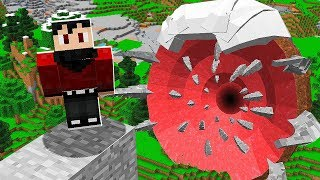 WE FOUND A NEW BOSS in Minecraft Pocket Edition!