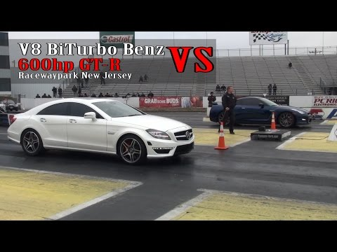 V8 BiTurbo Benz  vs 600hp Nissan GT-R