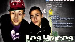 Watch Los Unicos A Ese Gil video
