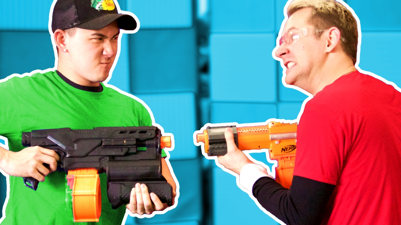 NERF Red Light / Green Light Challenge!