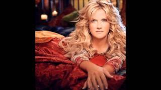Watch Trisha Yearwood A Lover Is Forever video