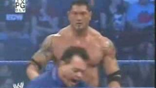 Rey Mysterio vs Batista - www.eswrestling.com