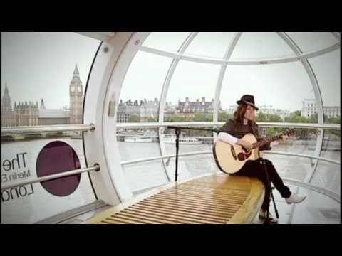 Cerys Matthews - Migldi Magldi (Live on the London Eye) [HD]