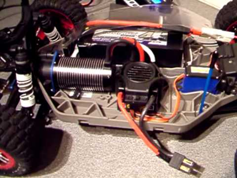 traxxas slash 4x4 videos with Watch on 355573333056579543 further Watch likewise Karosserie Traxxas 1 8 Rat Rod Klar P 56838 moreover 375065475199207692 besides P146995.