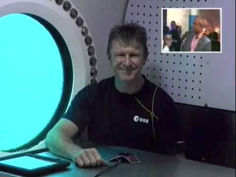 ESA Astonaut Tim Peake Chats to the National Space Centre from NEEMO16