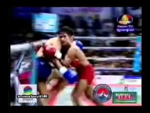Keo Rumchong Vs Long Sovandoun (Champinship fight 04-11-2011))