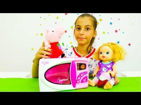 Игры для девочек - распаковка микроволновки с Пеппой