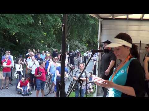 #PRISM Demo: @tikkachu Rede bei der Aktion #OpBama - Cornelia Otto - 19.6.2013