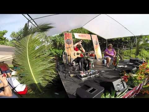 Puna Music Fest 2014 Mike love and Paula Fuga