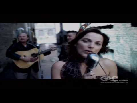 Rhonda Vincent - I'm Not Over You (Bluegrass)