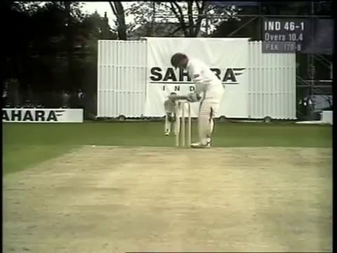 Front foot cricket porn, by Sachin Tendulkar, in 1997 vs Pakistan