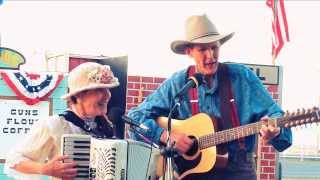 Slim and Minnie sing Home on the Range The Kansas State Song