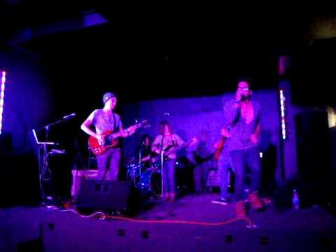 Molly Parker - Guitarra Radio [monaghan alternative pub GDL]