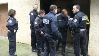 Nîmes police secours - Reportage choc