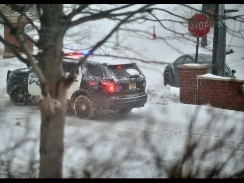 Cars stuck in Winter Storm: Police assist under NJ State of Emergency