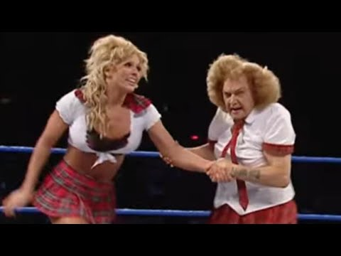 Moolah & Mae Young Vs. Torrie & Dawn Marie: Smackdown, September 23, 2004 video