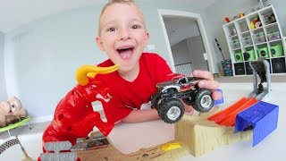 Father & Son PLAY MONSTER TRUCK HOT WHEEL ATTACK!