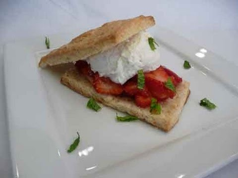 Strawberry Shortcake Recipe (Eggless Dessert) - Better Sound