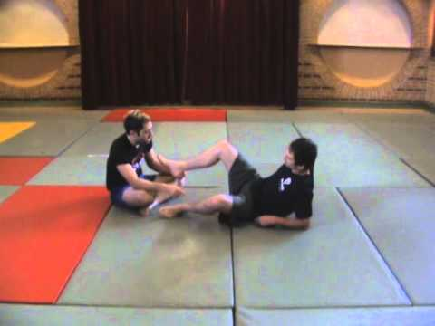 Reilly Bodycomb: Combat Sambo Knee Catch Rolling Leg Lock counter + Belly Down Ankle Locks Image 1