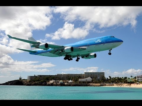 St.Maarten  2013 /  70   !!!  very best  Landing-Starts-747-400-  A 340 take off-best jet blast
