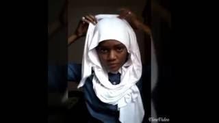 Comment porter un hijab à la mode