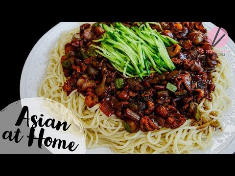 GIANT Jjajangmyun & GIVEAWAY!! Korean Black Noodles