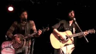 Watch Avett Brothers Tales Of Coming News video