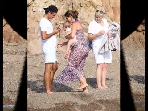 ROGER FEDERER AND HIS TWINS.wmv