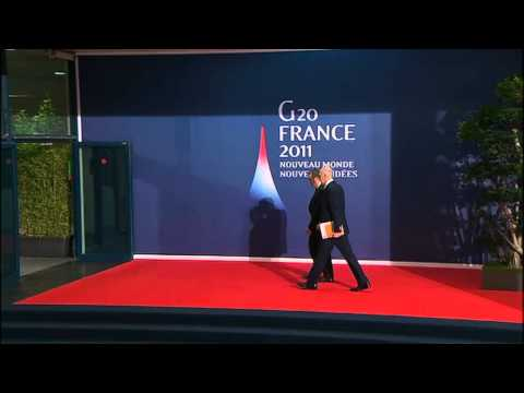 Greek PM Papandreou arrives for talks with Merkel, Sarkozy in Cannes (raw video)