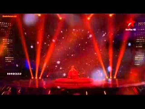 ustad rashid khan singing live aaoge jab tum sajna.mp4
