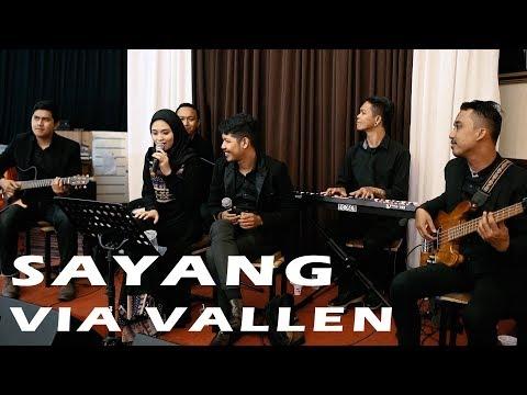 VIA VALLEN - SAYANG (COVER) SATURDAY AKUSTIK